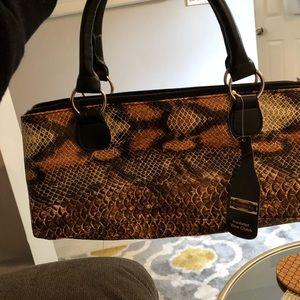 Handbags - Insulated wine clutch